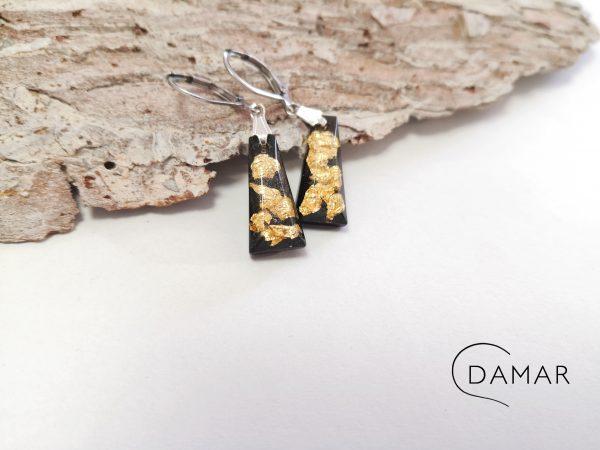 biżuteria kolczyki z płatkami złota