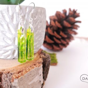 biżuteria kolczyki zielony dymek w słupkach