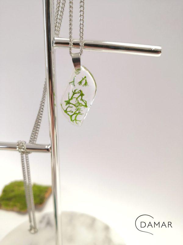 biżuteria naszyjnik zielony chrobotek w fali